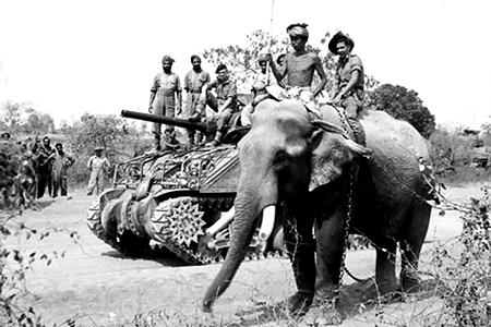 4-танки и слоны.jpg
